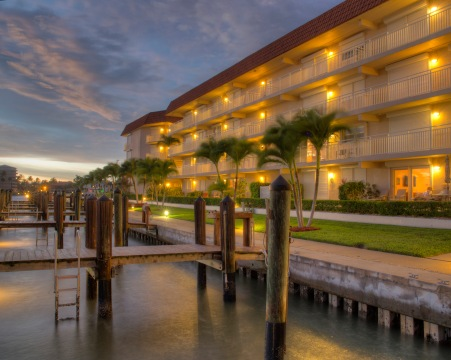 Villa de Marco West vacation rentals with a gorgeous view on the water